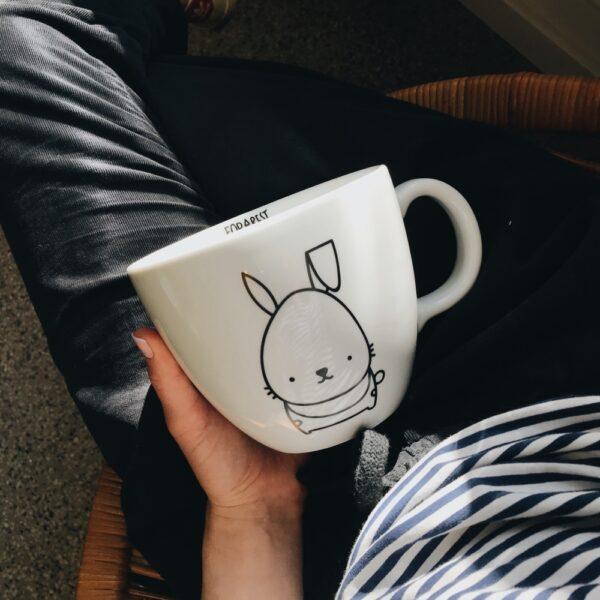 kubek z króliczkiem